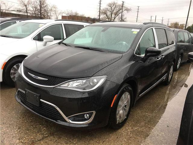 2017 Chrysler Pacifica Touring-L (Stk: HR559337) in Mississauga - Image 1 of 5