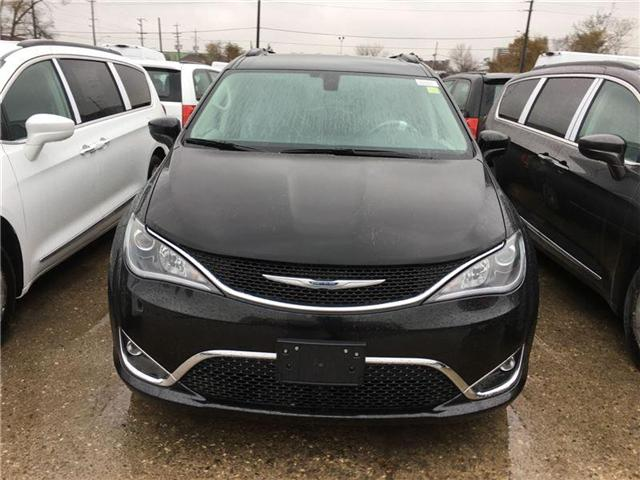 2017 Chrysler Pacifica Touring-L (Stk: HR559337) in Mississauga - Image 2 of 5