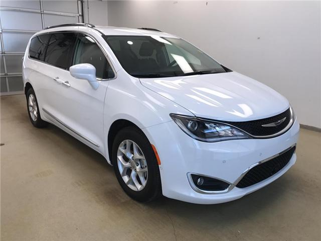 2017 Chrysler Pacifica Touring-L Plus (Stk: 174197) in Lethbridge - Image 2 of 20