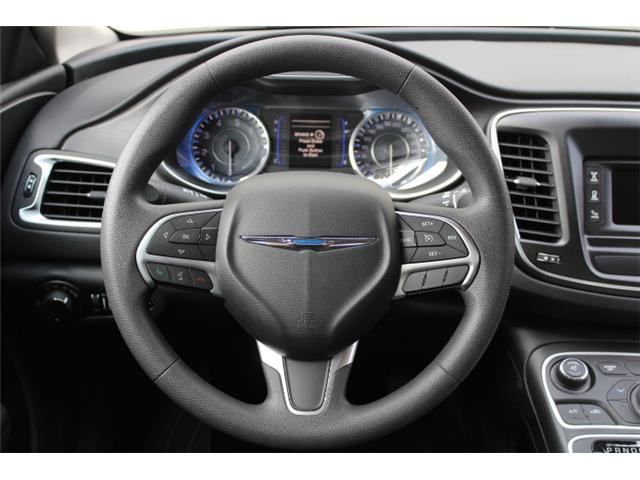 2016 Chrysler 200 LX (Stk: N162935A) in Courtenay - Image 15 of 26