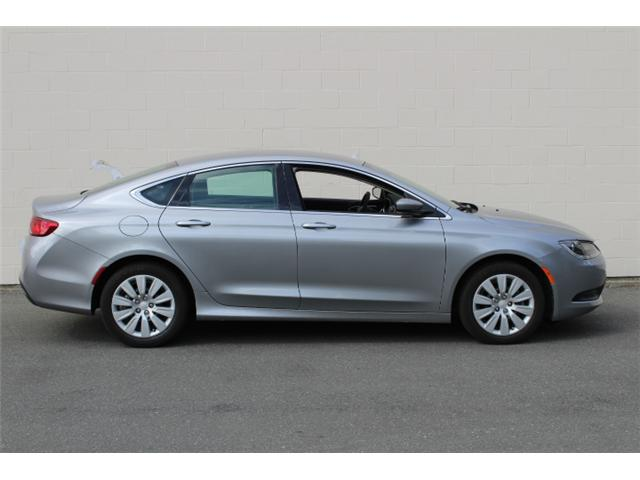 2016 Chrysler 200 LX (Stk: N162935A) in Courtenay - Image 8 of 26