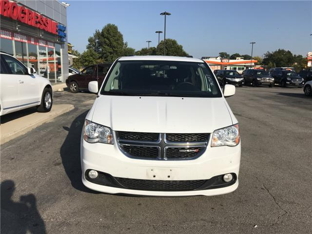 2017 Dodge Grand Caravan Crew (Stk: HR600718) in Sarnia - Image 2 of 11