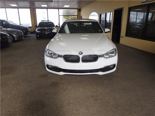 2017 BMW 330 i xDrive (Stk: 003760) in Dartmouth - Image 2 of 18