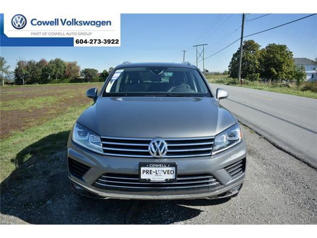 2016 Volkswagen Touareg 3.6L Comfortline (Stk: VWNT5935A) in Richmond - Image 2 of 22