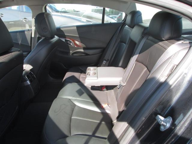 2012 Buick LaCrosse Ultra Luxury Group (Stk: 20561) in Pembroke - Image 4 of 10