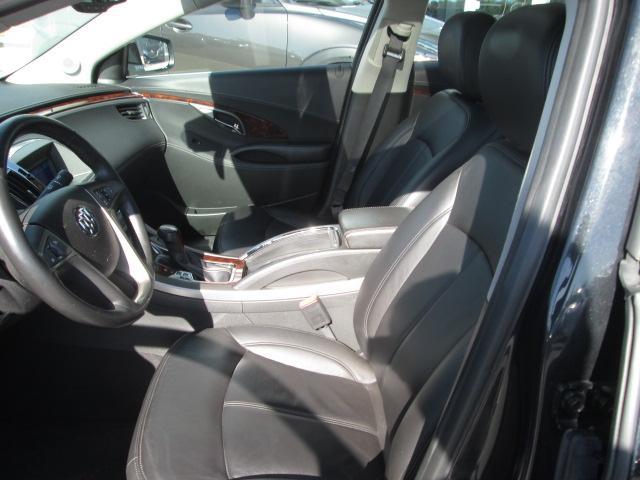 2012 Buick LaCrosse Ultra Luxury Group (Stk: 20561) in Pembroke - Image 5 of 10