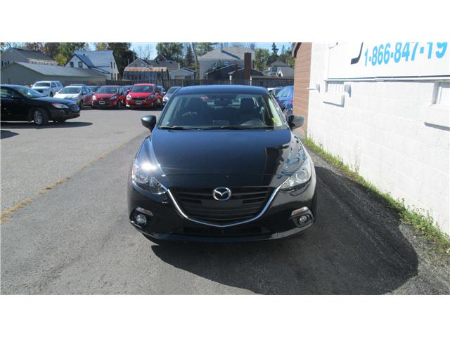 2014 Mazda Mazda3 GS-SKY (Stk: 171433) in Kingston - Image 2 of 12