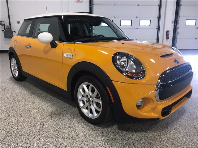 2014 Mini Hatch Cooper S (Stk: P11251) in Calgary - Image 2 of 10