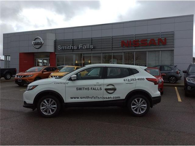 2017 Nissan Qashqai S (Stk: 17-478) in Smiths Falls - Image 1 of 13