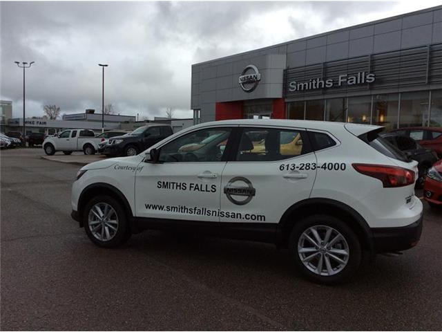 2017 Nissan Qashqai S (Stk: 17-478) in Smiths Falls - Image 2 of 13