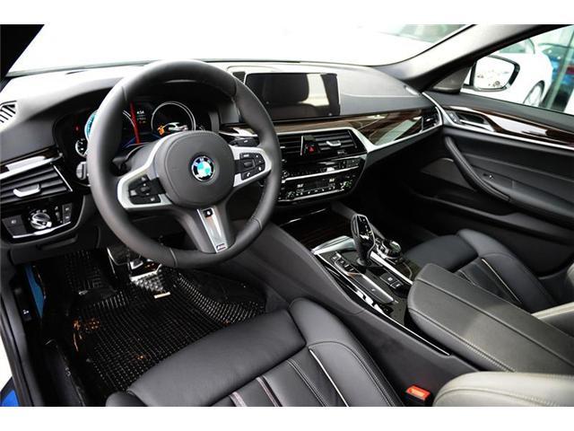 2018 BMW 530 i xDrive (Stk: 8907990) in Brampton - Image 7 of 12