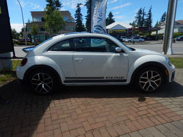 2017 Volkswagen Beetle 1.8 TSI Dune (Stk: HB625397) in Surrey - Image 4 of 22