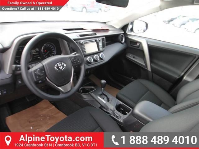 2018 Toyota RAV4  (Stk: W701631) in Cranbrook - Image 9 of 14