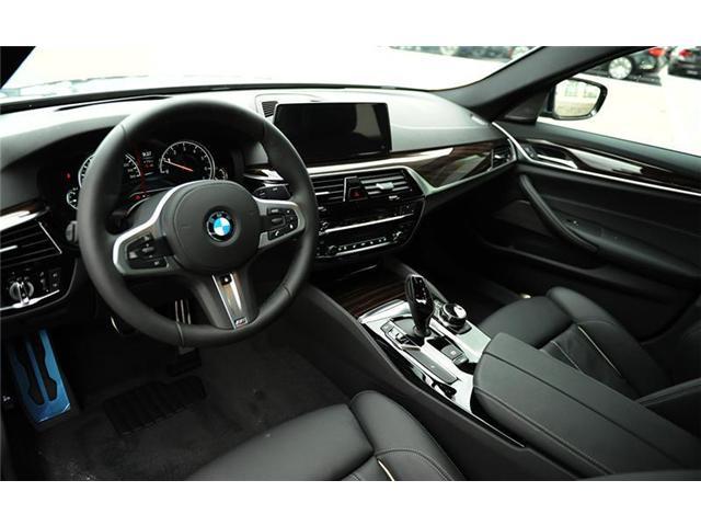 2018 BMW 530 i xDrive (Stk: 8A72379) in Brampton - Image 7 of 12