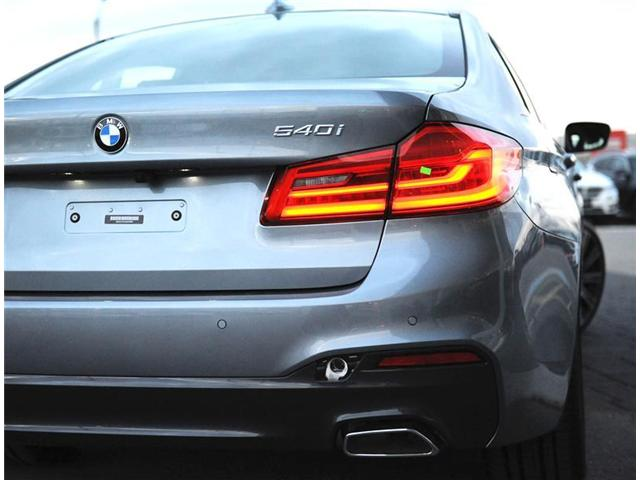 2018 BMW 540 i xDrive (Stk: 8C54890) in Brampton - Image 5 of 12