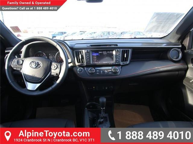 2018 Toyota RAV4  (Stk: W710782) in Cranbrook - Image 10 of 18