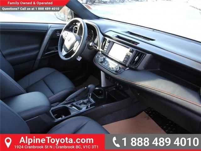 2018 Toyota RAV4 LE (Stk: W710782) in Cranbrook - Image 10 of 17