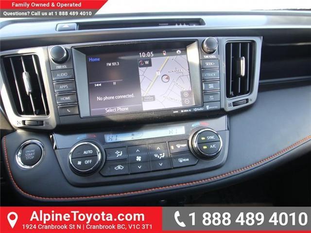 2018 Toyota RAV4 LE (Stk: W710782) in Cranbrook - Image 12 of 17