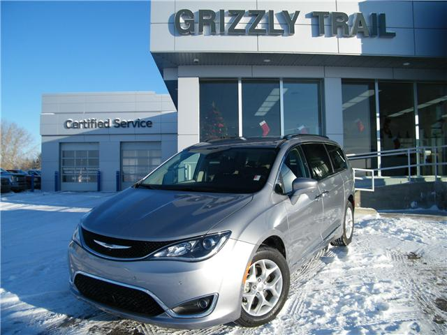 2017 Chrysler Pacifica Touring-L Plus (Stk: 53157) in Barrhead - Image 1 of 24
