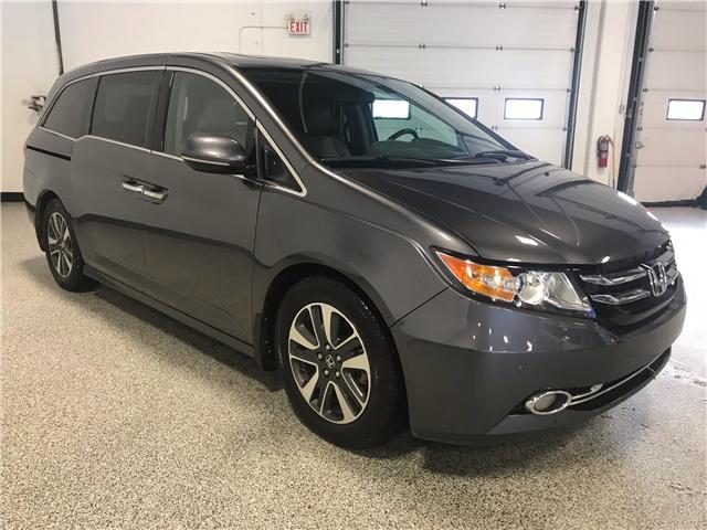 2014 Honda Odyssey Touring (Stk: P11298) in Calgary - Image 2 of 13