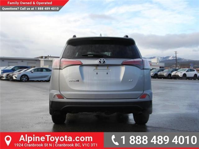 2018 Toyota RAV4  (Stk: W424201) in Cranbrook - Image 4 of 14