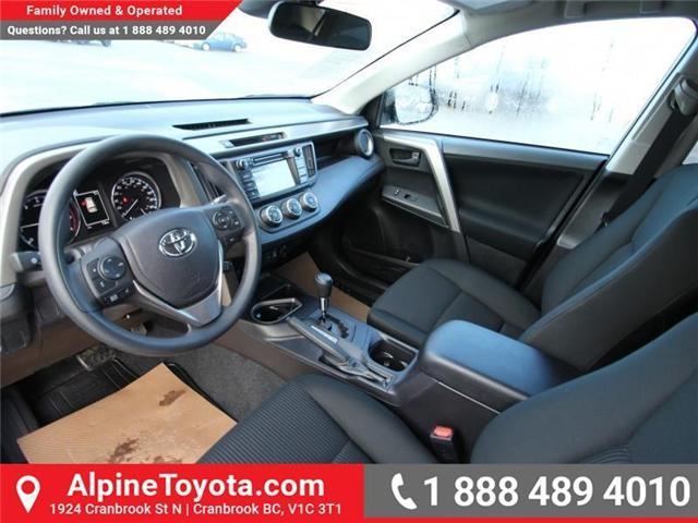 2018 Toyota RAV4  (Stk: W424201) in Cranbrook - Image 9 of 14