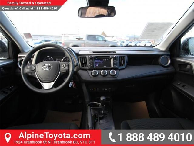 2018 Toyota RAV4  (Stk: W424201) in Cranbrook - Image 10 of 14