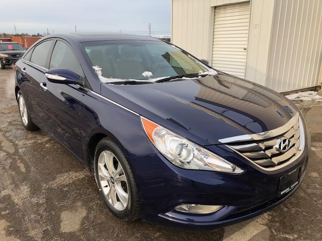 2011 Hyundai Sonata Limited (Stk: 14015A) in Thunder Bay - Image 1 of 8