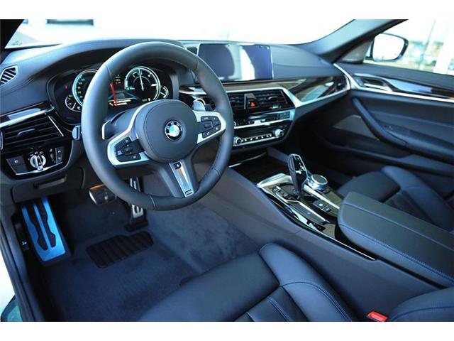 2018 BMW 540i xDrive (Stk: 8C55681) in Brampton - Image 7 of 13