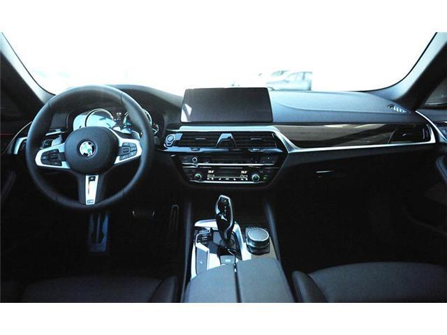 2018 BMW 540i xDrive (Stk: 8C55681) in Brampton - Image 9 of 13