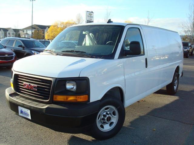 2017 GMC Savana 2500 Work Van (Stk: TG37149) in Cranbrook - Image 1 of 13