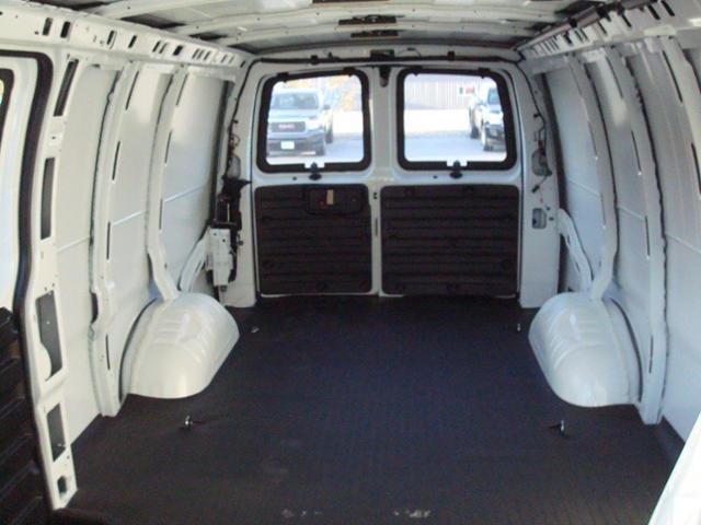 2017 GMC Savana 2500 Work Van (Stk: TG37149) in Cranbrook - Image 13 of 13