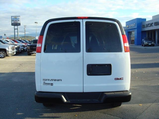 2017 GMC Savana 2500 Work Van (Stk: TG37149) in Cranbrook - Image 3 of 13