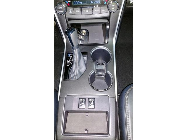2015 Toyota Camry XLE (Stk: 18114A) in Walkerton - Image 23 of 30