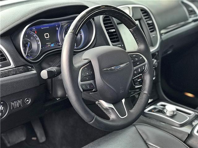 2016 Chrysler 300C Base (Stk: APR1432) in Mississauga - Image 5 of 17