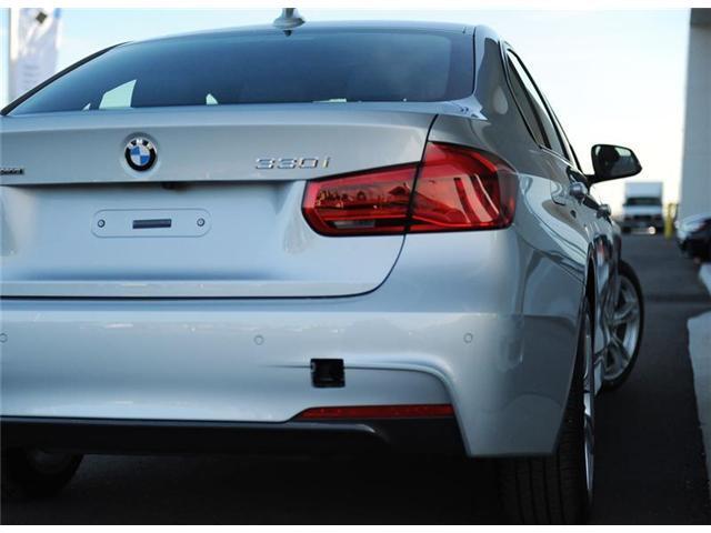 2018 BMW 330 i xDrive (Stk: 8U68143) in Brampton - Image 5 of 12