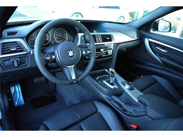 2018 BMW 330 i xDrive (Stk: 8U68143) in Brampton - Image 7 of 12