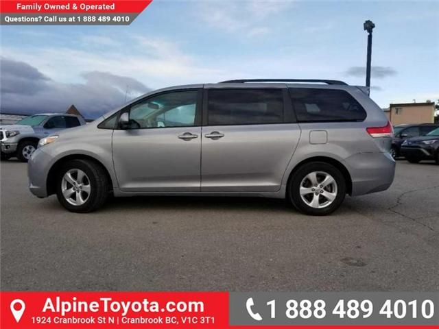 2011 Toyota Sienna LE 8 Passenger (Stk: S470564B) in Cranbrook - Image 2 of 16