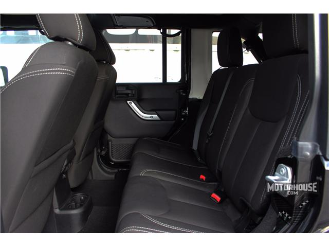 2015 Jeep Wrangler Unlimited Sahara (Stk: 1613) in Carleton Place - Image 6 of 35