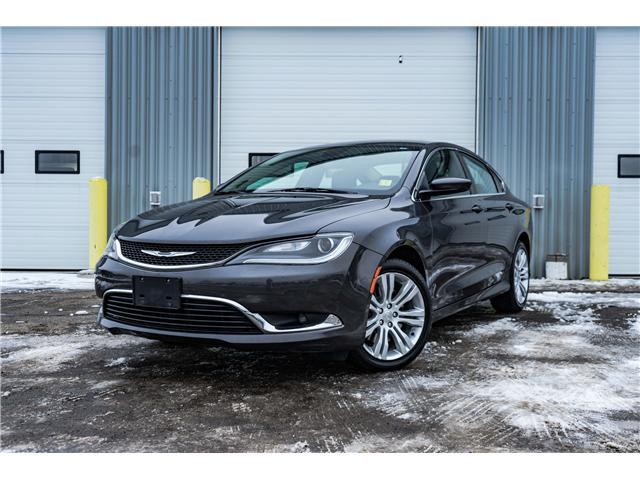2016 Chrysler 200 LX (Stk: 1660141R) in Thunder Bay - Image 1 of 7