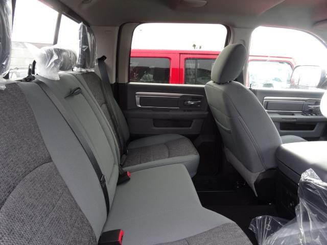 2018 RAM 3500 SLT (Stk: J186817) in Surrey - Image 4 of 8