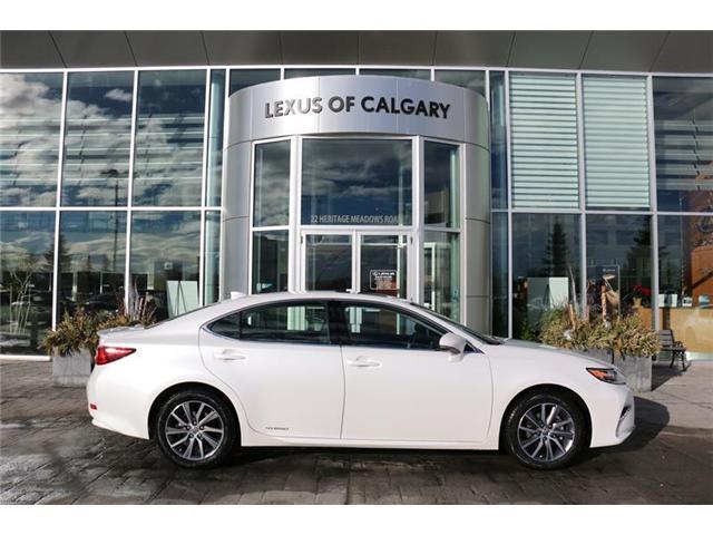 2018 Lexus ES 300h Base (Stk: 180051) in Calgary - Image 1 of 7