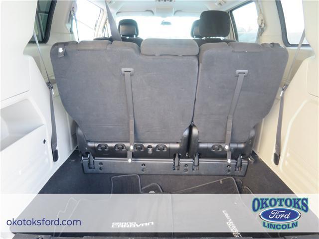 2017 Dodge Grand Caravan Crew (Stk: B82975) in Okotoks - Image 12 of 22