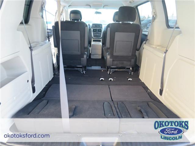 2017 Dodge Grand Caravan Crew (Stk: B82975) in Okotoks - Image 13 of 22