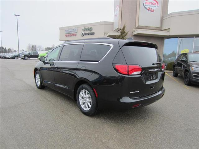 2018 Chrysler Pacifica Touring (Stk: 18065) in Perth - Image 2 of 10