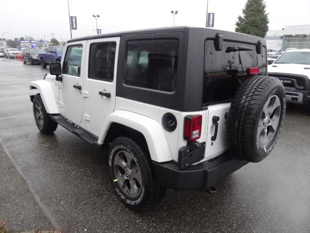 2018 Jeep Wrangler JK Unlimited Sahara (Stk: J820501) in Surrey - Image 4 of 14