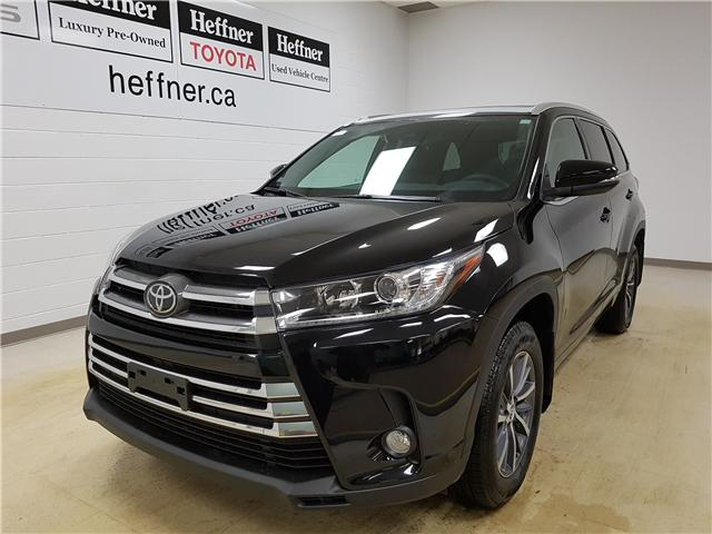 hello meaner toyota to say se leaner highlander the update pictures roadshow