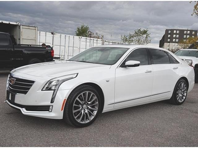 2018 Cadillac CT6 3.0L Twin Turbo Premium Luxury (Stk: 18009) in Peterborough - Image 2 of 12