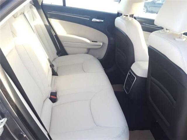 2016 Chrysler 300 Touring (Stk: QU008) in  - Image 12 of 18