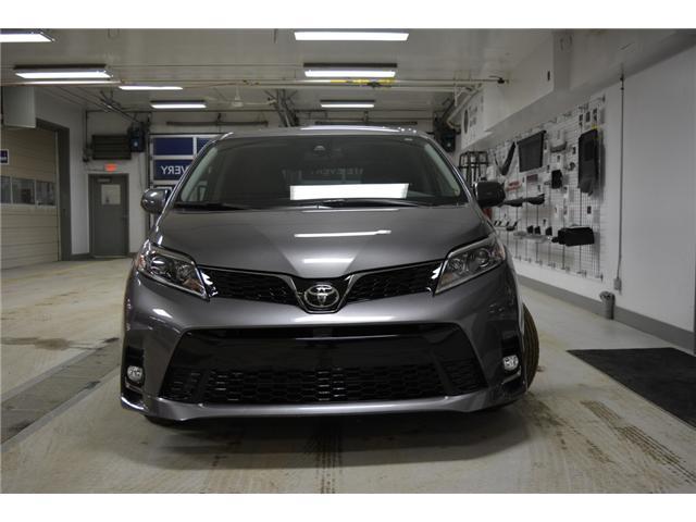 2018 Toyota Sienna SE 8-Passenger (Stk: 183136) in Regina - Image 2 of 50